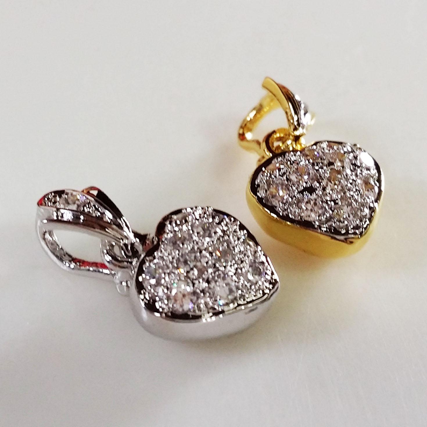 จี้เพชรรูปหัวใจเล็ก gold plated / white gold plated