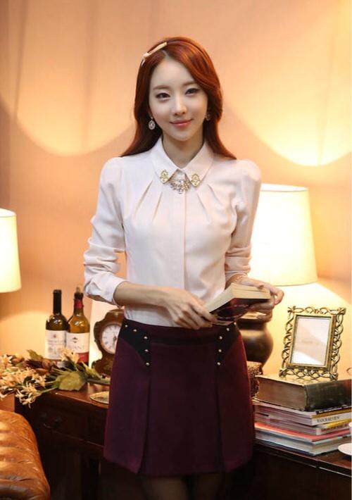 เสื้อทำงานผู้หญิงแขนยาวสีขาวน่ารักๆ ผ้าใส่สบาย