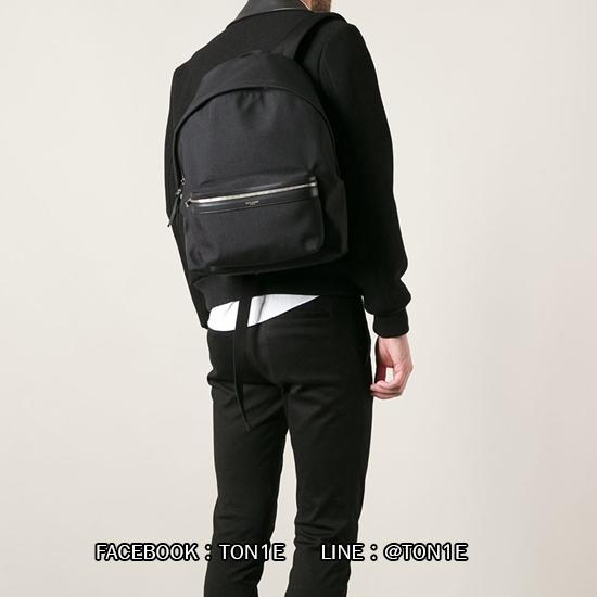 กระเป้าสะพายSaint Laurent Classic Canvas Hunting Backpack