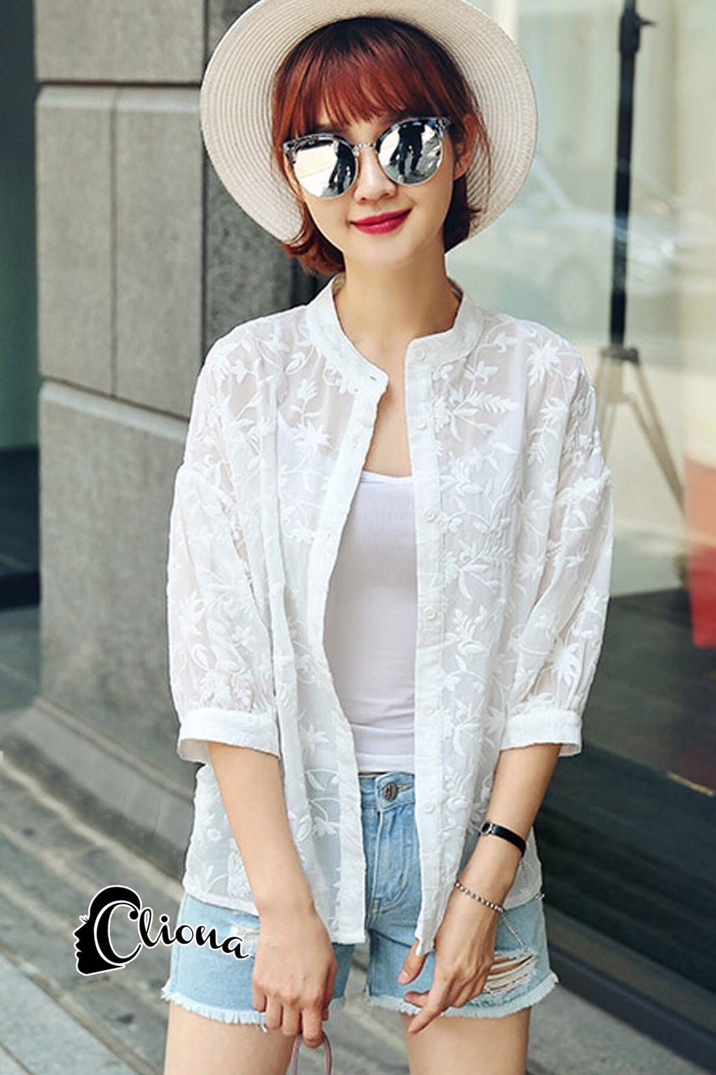 เสื้อผ้าแฟชั่น พร้อมส่งKorean Summer Time Lace Shirt