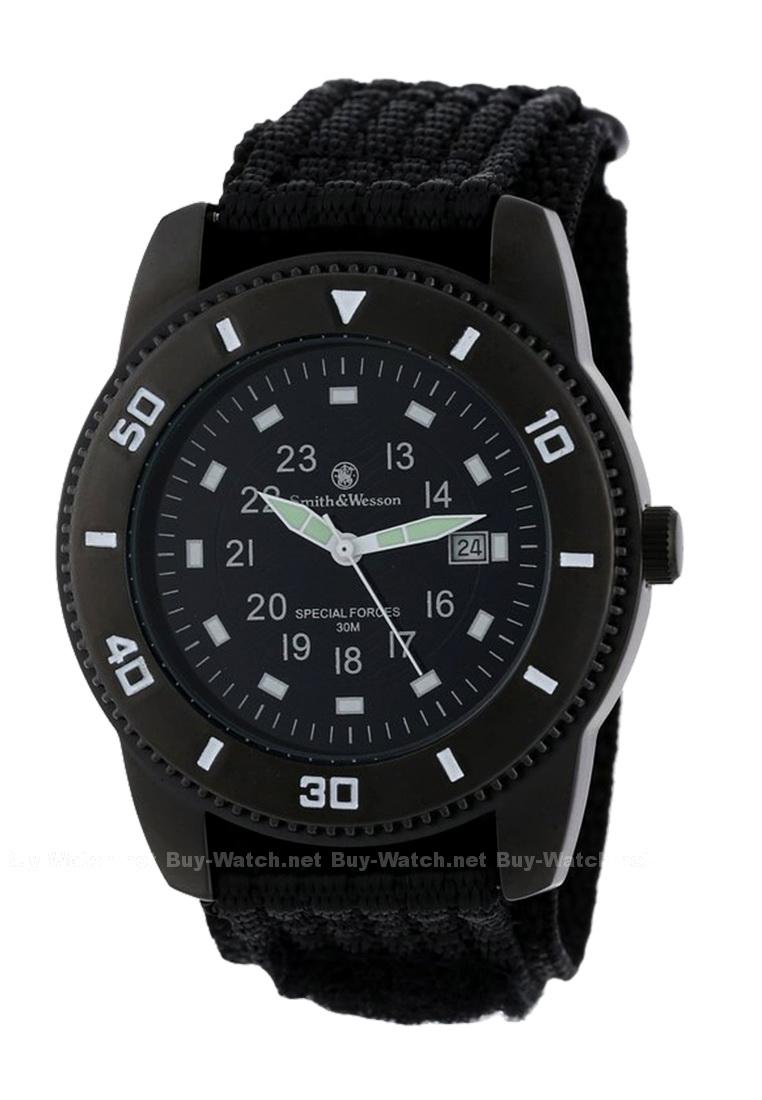 นาฬิกาทหารSmith&Wesson แบบมีพรายน้ำช่วยการมองเห็น จาก Buy-Watch.net