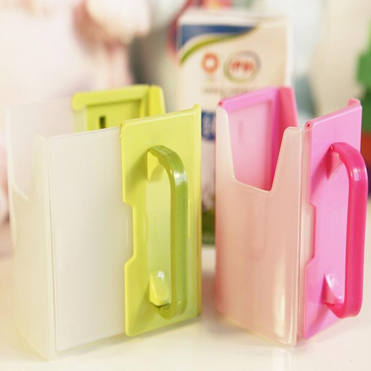 กล่องกันบีบนม (ที่จับกันบีบกล่องนม) ปรับขยายได้ สำหรับเด็ก 1-3 ปี จากญี่ปุ่น
