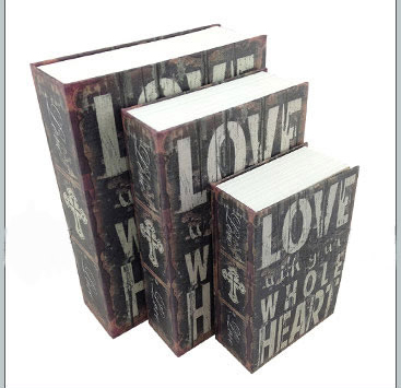 ตู้เซฟหนังสือ ลายหนังสือ Love with your whole heart