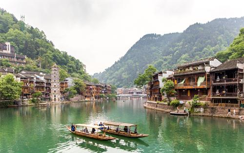 ทัวร์จีน จางเจียเจี้ย ประตูสวรรค์ สะพานแก้ว 4วัน 3คืน FD