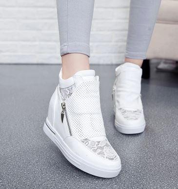 รองเท้าผ้าใบส้นสูงประดับตาข่ายลูกไม้แฟชั่น