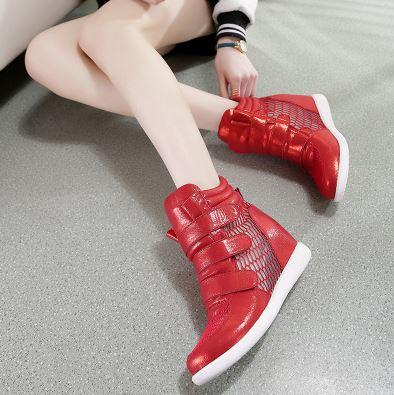 รองเท้าผ้าใบส้นสูงตีนตุ๊กแกประดับตาข่าย