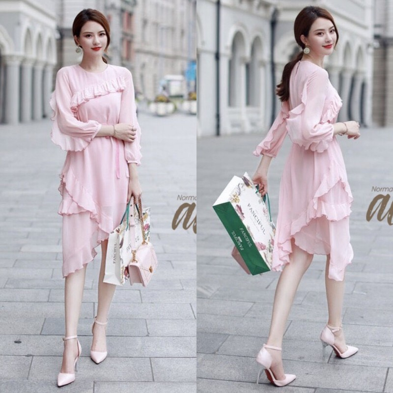 เสื้อผ้าแฟชั่นเกาหลี New Arrival … Don't Miss! Normal Ally Present Classy and Boutique sweet dress