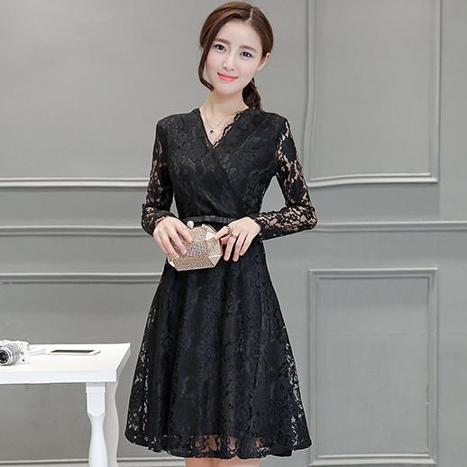 ชุดเดรสลูกไม้สีดำ แขนยาว เรียบร้อย สวยหวาน แฟชั่นชุดทำงานสวยๆสไตล์สาวออฟฟิศ