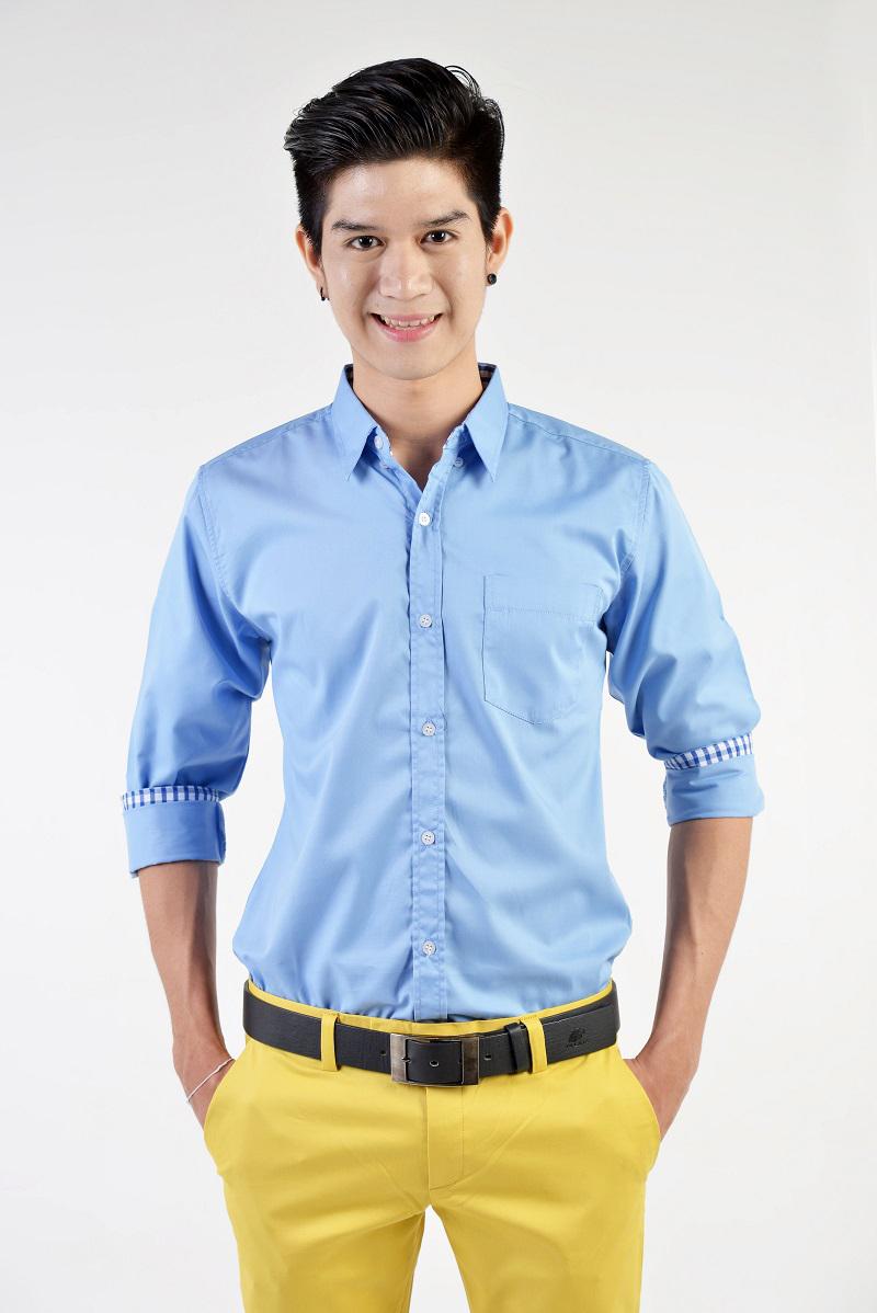 เสื้อเชิ้ตผู้ชายสีฟ้า ผ้าคอตตอน