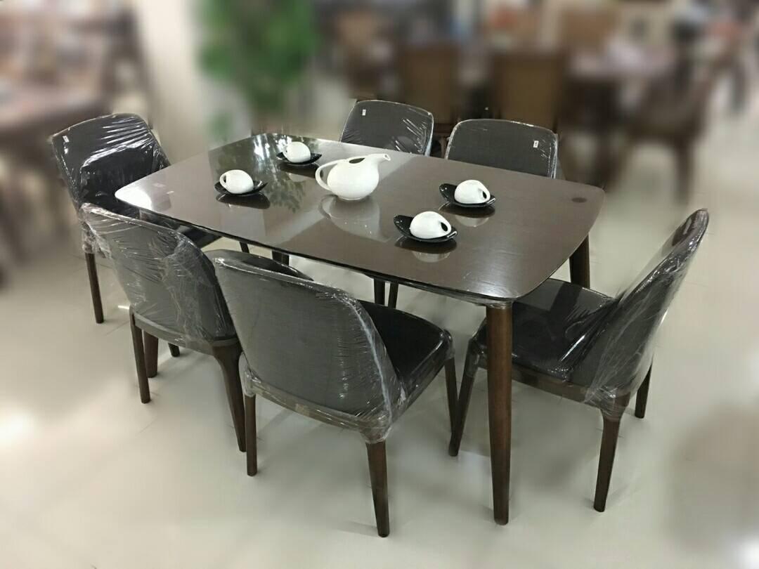 ชุดโต๊ะอาหาร 6 ที่นั่ง เจเนสซิส