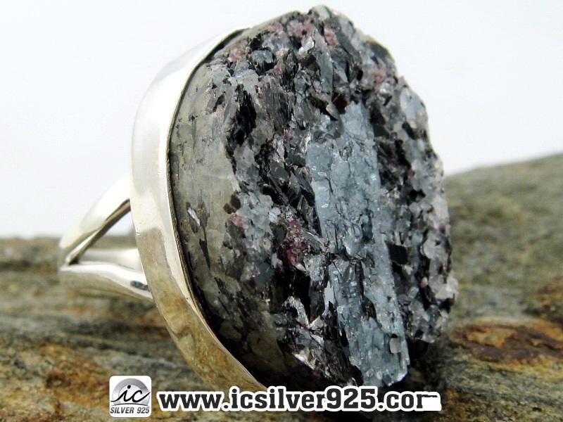 ▽รวมหิน ไคยาไนต์ Kyanite , Garnet & Biotite แหวนเงินแท้ 925 (แหวนเบอร์ : 48 , 9.9g )