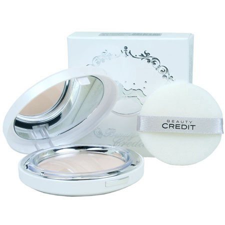 Beauty Credit Lovely Q10 Sun Pact SPF50