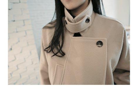 เสื้อโค้ทกันหนาวผู้หญิง สีเบจครีม ยาวคลุมสะโพก ซับในบุนุ่ม หนาวไหน ก็เอาอยู่