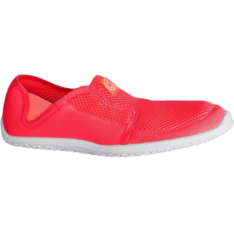 รองเท้าลุยน้ำ รองเท้าดำน้ำ สีชมพูอมแดง พื้นสีขาว