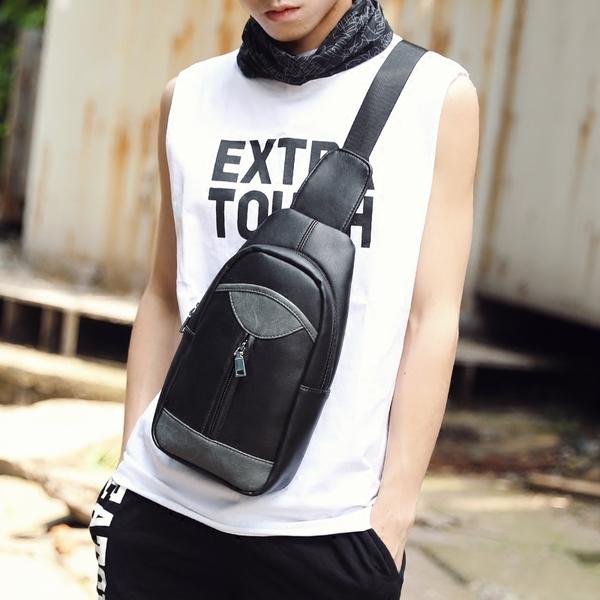 พร้อมส่งขายส่ง กระเป๋าสะพายคาดไหล่ คาดอก ใส่ ipad 8 นิ้ว ผู้ชายแฟขั่นเกาหลี รหัส Man-5206 สีดำ 2 ใบ