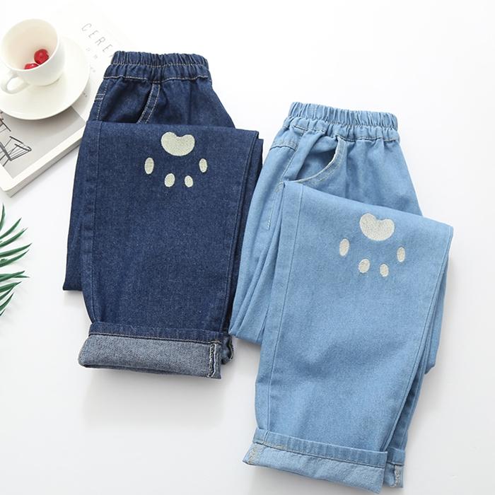 กางเกงยีนส์เอวยืด ปักแต่งลาย (มีให้เลือก 2 สี 2 ไซส์)