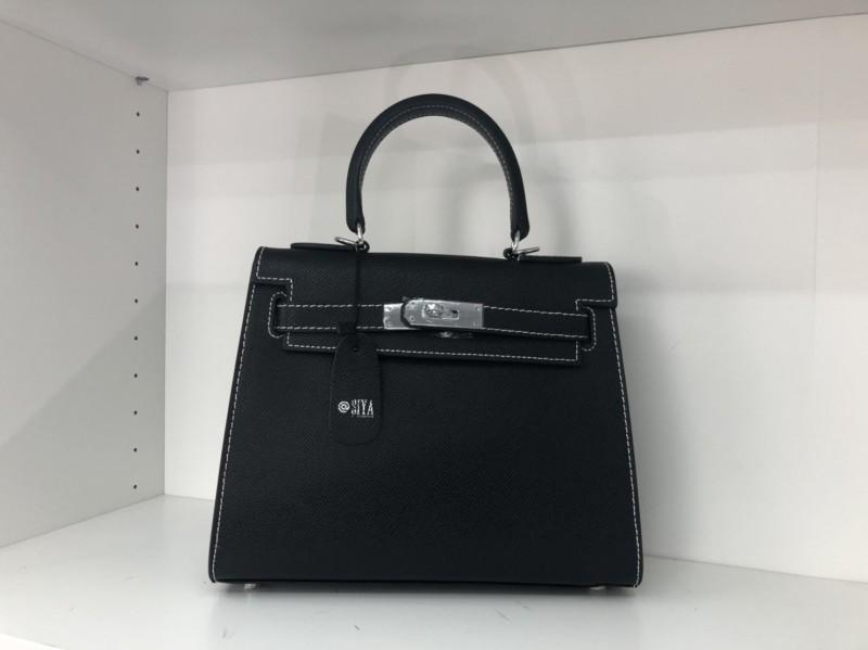 พร้อมส่ง กระเป๋าสะพายข้างหนังแท้ Kelly 25 CM Leather [สีดำ]