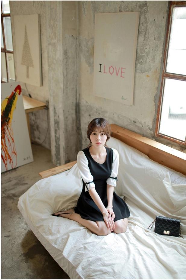 ชุดเดรสแฟชั่นเกาหลีสีกรมแขนสั้น