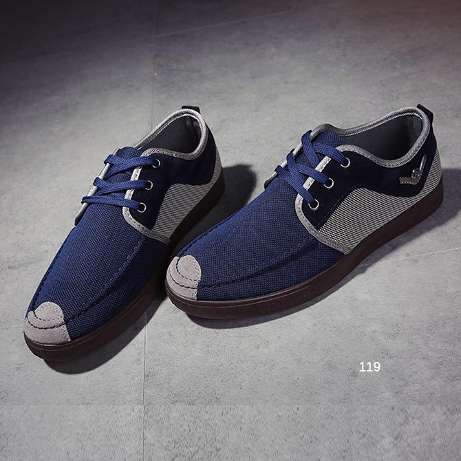รองเท้าผู้ชายแฟชั่น ดีไซน์สวยเท่ห์ มี 3สี พร้อมส่ง