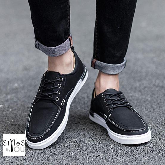 รองเท้าหนังชามัวร์ ถูกออกแบบมาอย่างเรียบง่าย มี 4 สี พร้อมส่ง