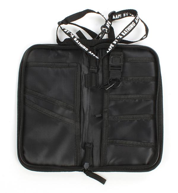 กระเป๋า Aape