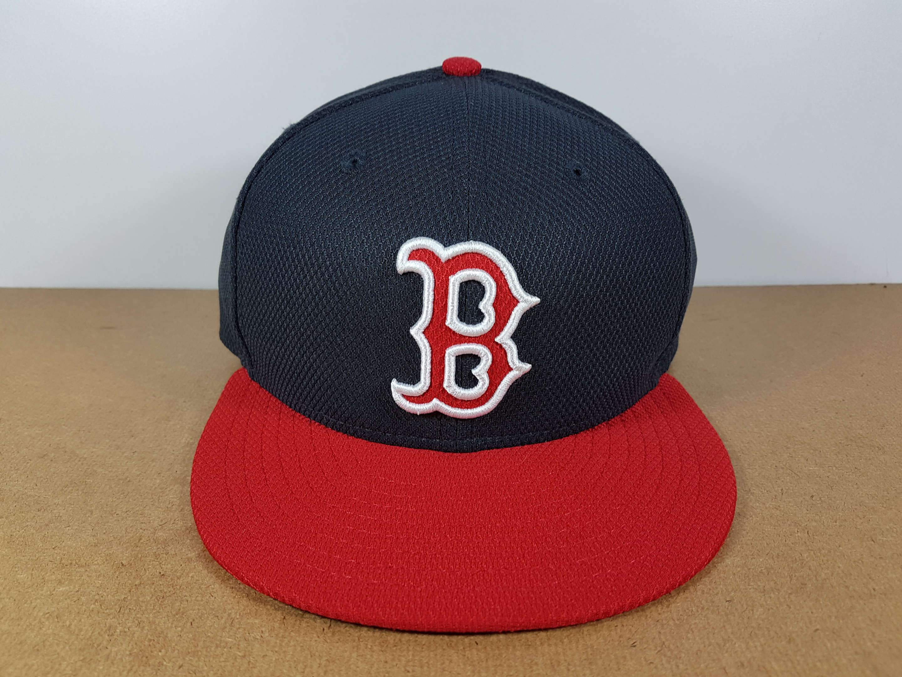 New Era MLB ทีม Boston Redsox ผ้า Daimond Era ไซส์ 7 3/8 ( 58.7cm )