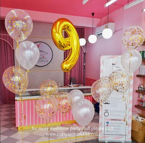 White & Gold Balloon Set (with Helium)