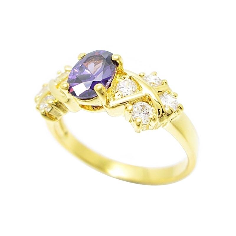 แหวนพลอยอเมทิสประดับเพชรชุบทอง