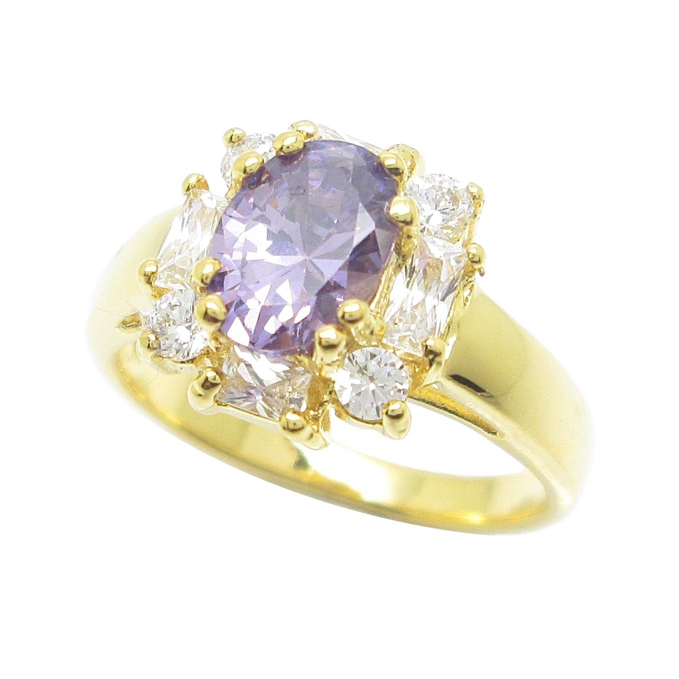 แหวนพลอยรูปไข่อเมทิสประดับล้อมเพชรกลมเหลี่ยมชุบทอง