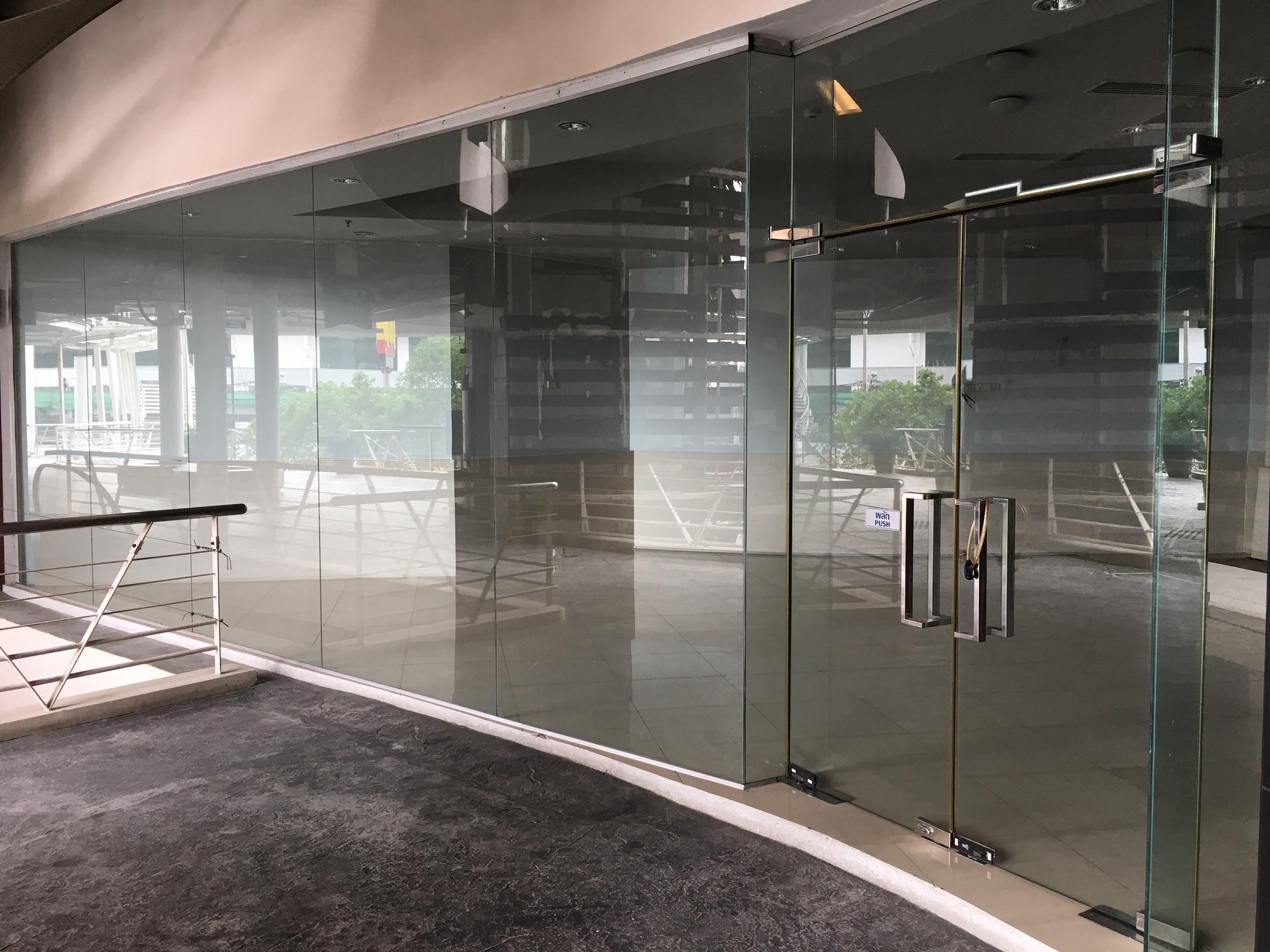 พื้นที่ร้านค้าให้เช่าตกแต่งครบขนาด 103.51 ตารางเมตร