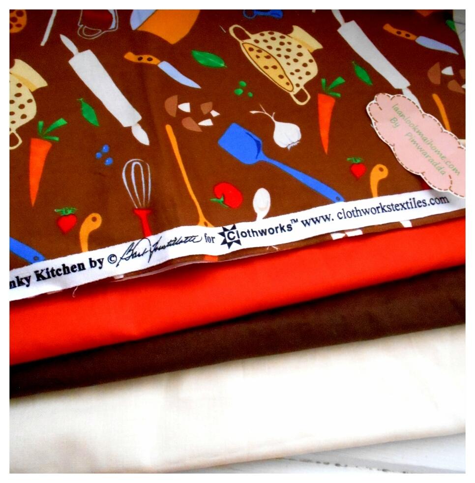 ผ้าcotton สั่งจาก USA 27x45 cm +ผ้าพื้น cotton 3 สีหาในพื้นที่ขนาด 27x50cm สั่งหลายจำนวนผ้าต่อกันค่ะไม่ตัดแยกค่ะ