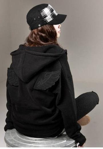 เสื้อกันหนาว นางฟ้า/เทพบุตร มีปีก สีดำ ( size M ) พร้อมส่งทันที