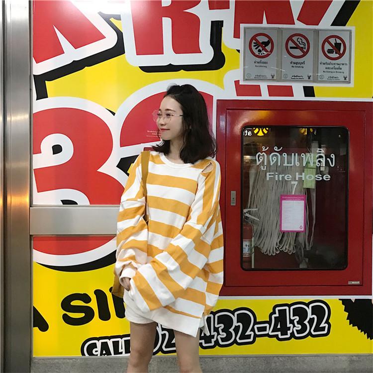 *Pre Order*เสื้อแฟชั่นแขนยาวOVERSIZE/ญี่ปุ่น สีฟ้า/เหลือง/ชมพู
