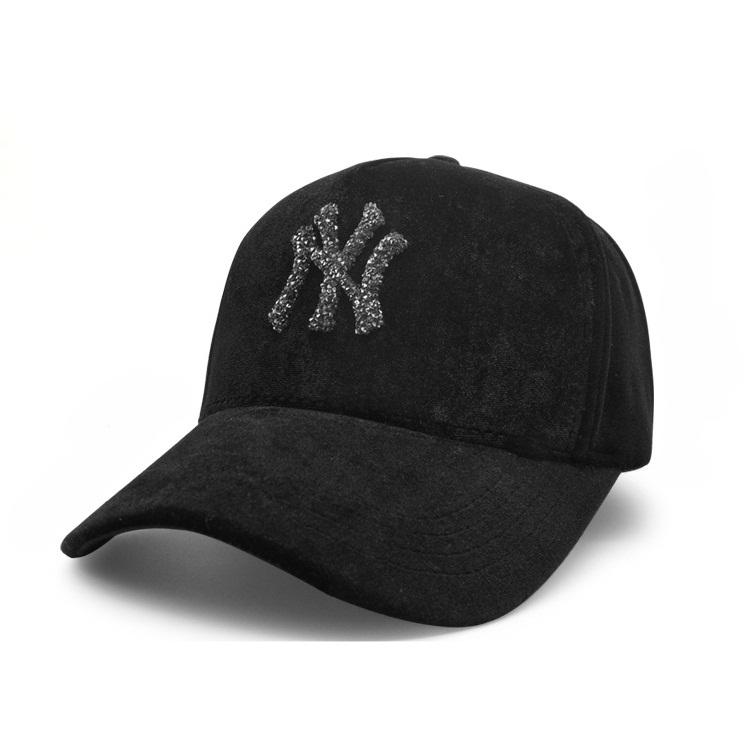 *Pre Order*NY*หมวกแฟชั่นกำมะหยี่ปักลาย ขนาดปรับได้