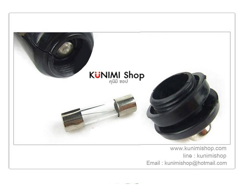 ที่เพิ่มช่องเสียบไฟที่จุดบุหรี่ในรถยนต์ 3 ช่อง  พร้อมช่อง USB 1 ช่อง                  ขนาด  :  11.5 x 3.3 x 5  cm.