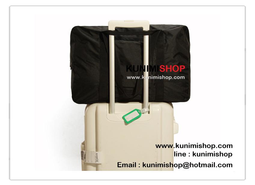 กระเป๋าถือผ้าฟอร์ด กระเป๋าเดินทาง จัดเก็บสิ่งของ พับเก็บได้ เมื่อพับเก็บแล้วจะเหลือขนาดเล็ก พกพาเดินทาง ท่องเที่ยว สะดวก เป็นกระเป๋าสำรองเดินทาง ดีไซน์สวย เรียบหรู ใส่ของใช้ ของเดินทาง เสื้อผ้า ต่างๆ ได้จุใจ มีให้เลือกหลายสี มีหูหิ้วยาว และด้านหลัง มีช่องสอดแกนกระเป๋าเดินทาง