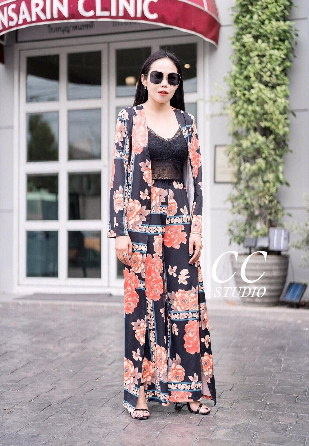 ชุดเซทแฟชั่น Set 3 ชิ้น เสื้อคลุมตัวยาว พริ้นลายดอก สีสันสดใส