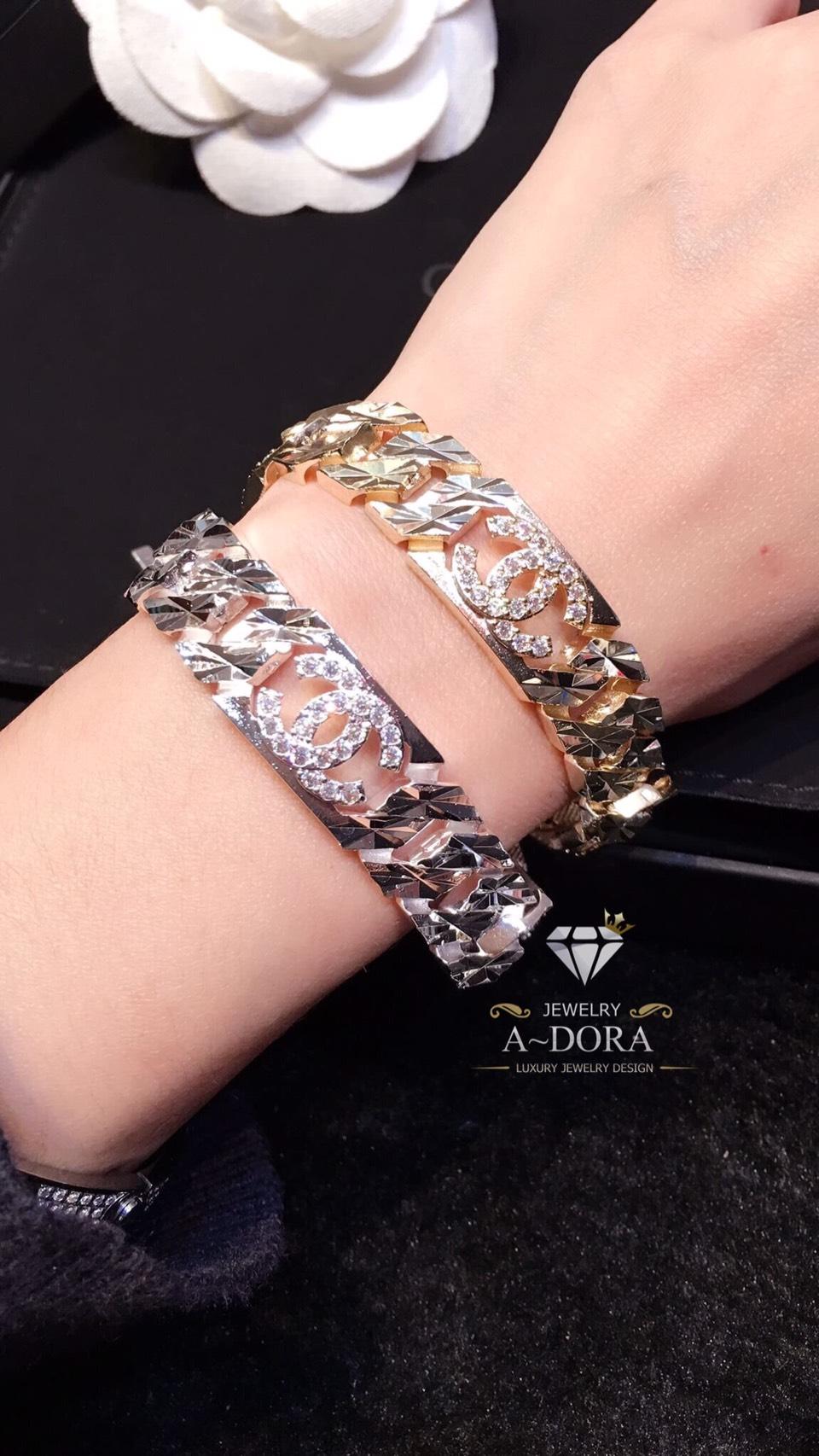 พร้อมส่ง ~ สร้อยข้อมือ Chanel งานสวยงานเพชรเกรด Jewelry