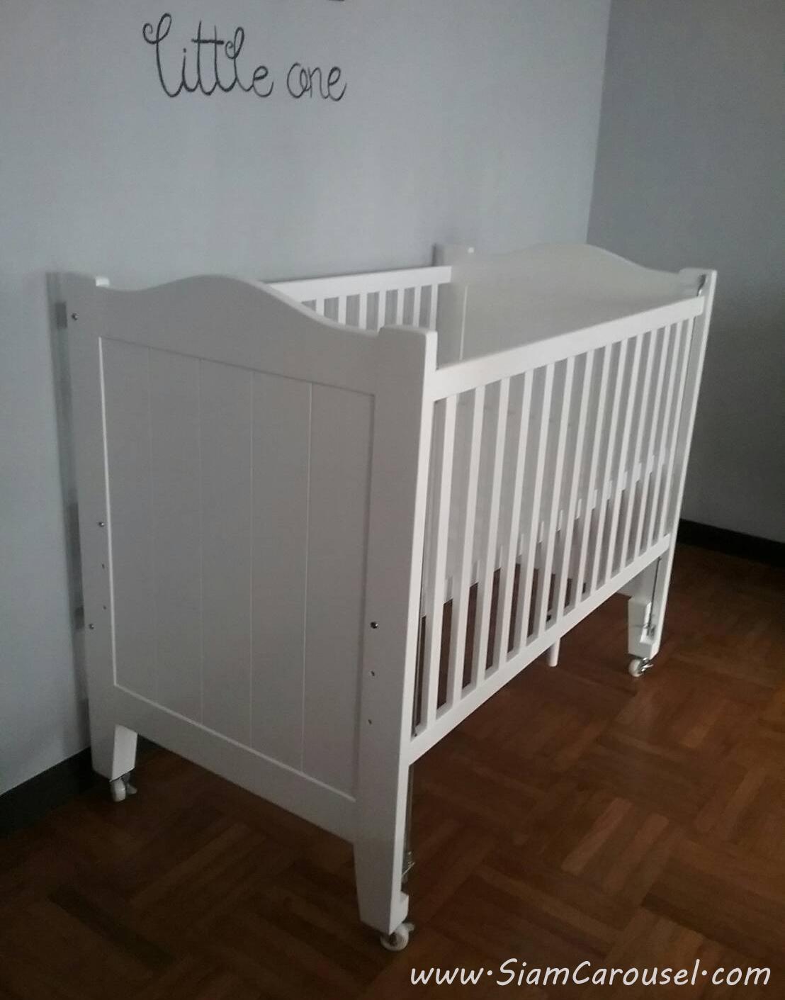 เตียงเด็กอ่อน เพิ่มใส่ล้อแบบ Lock ได้