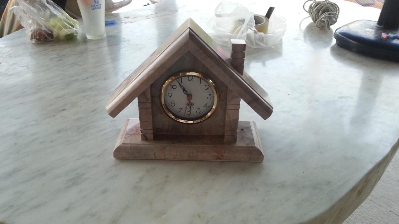 นาฬิกา หินอ่อน