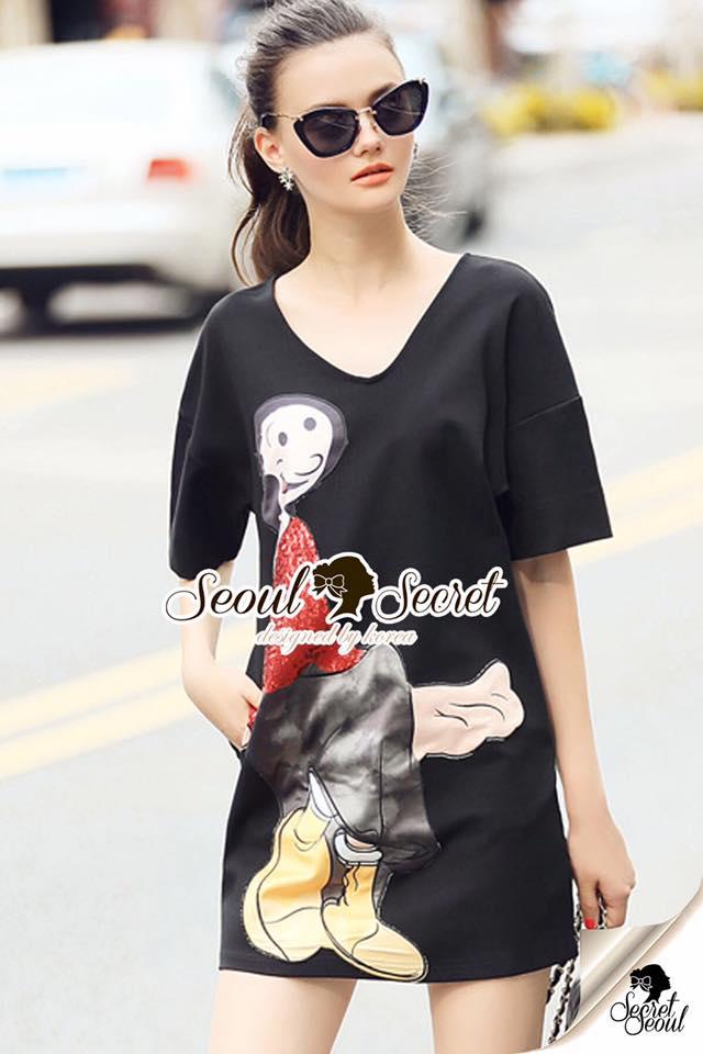 Seoul Secret Say's .... Olivia Squin Dress Material : มินิเดรสผ้ายืด น่ารักๆ ด้วยงานเย็บแต่งด้วยลายโอลีฟ เติมความสวยด้วยงานแต่งวิ้งสีแดงที่ตัวลาย ใส่ชิลล์ในวันสบายๆ เหมาะมากคะ เติมด้วยรองเท้าเก๋ๆ ซักคู่ก็ดูดีชิคมากคะ