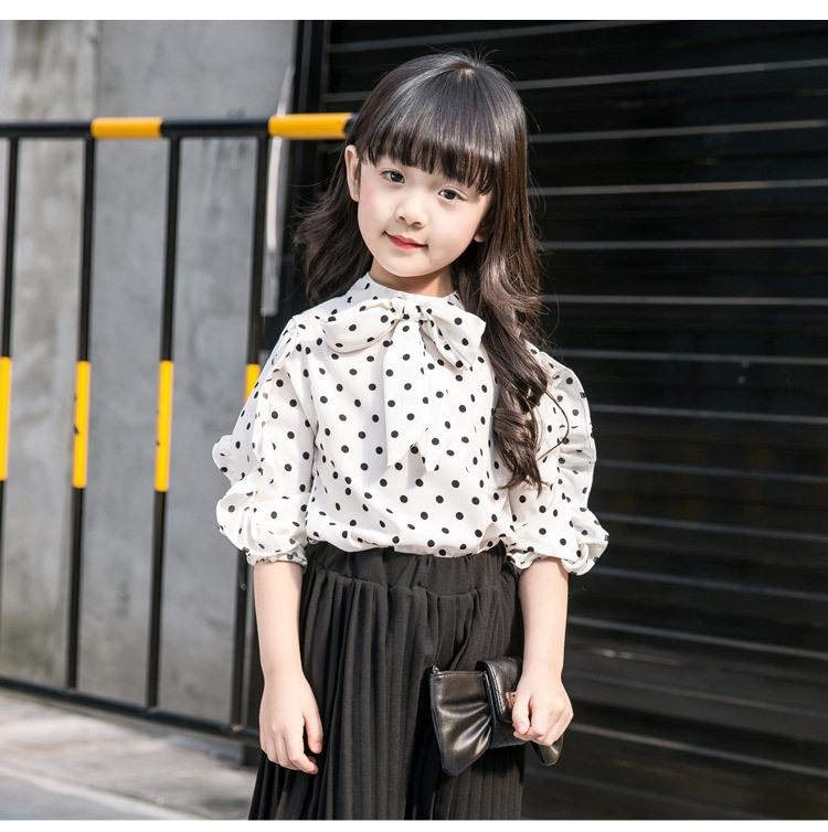 เสื้อผ้าเด็กผู้หญิง เสื้อสีขาวจุดดำ