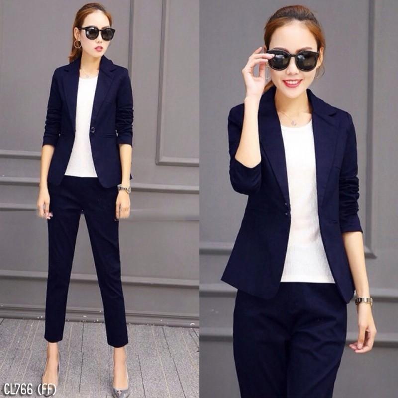 (พร้อมส่ง)เซ็ตเสื้อแขนยาวปกสูท+กางเกง ผ้านิ่ม สีกรม ชุดสูทสีกรม ชุดสูทออกงานสไตล์เกาหลี