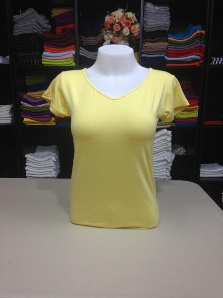 """เสื้อยืดคอวี สีเหลืองอ่อน size """"M"""""""