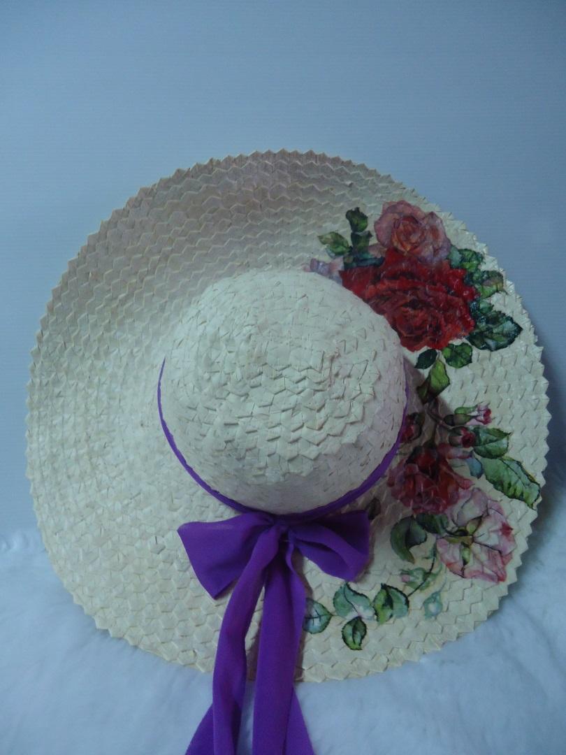 หมวกสานทำจากใบลาน ลายกุหลาบ