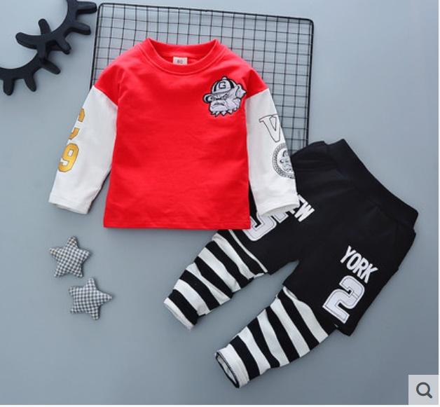 ชุดเซ็ตเด็กผ้ายืดเสื้อแดง กางเกงลายขวางสีดำ