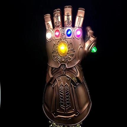 Infinity Gauntlet - Avengers: Infinity War (มีให้เลือก 3 แบบ)