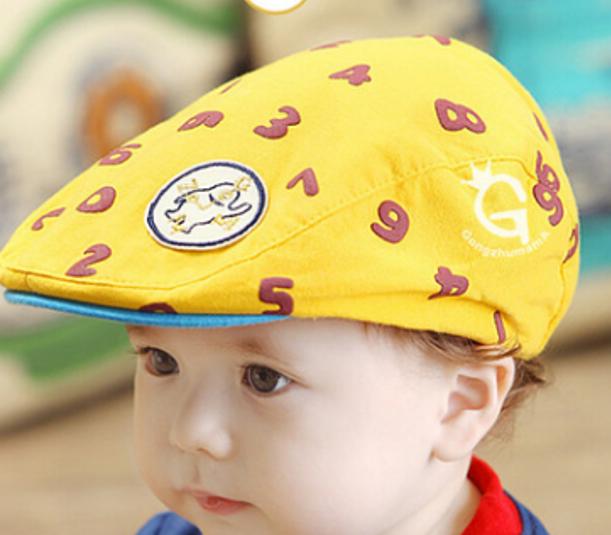 หมวกแก๊ปสีเหลืองตัวเลขสีน้ำตาลลายตัวเลข สำหรับเด็ก 6เดือนถึง2ปี น่ารักมากๆค่ะ