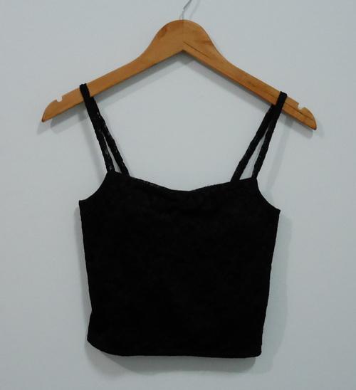 jp4094 เสื้อสายเดี่ยวตัวสั้น ผ้าลูกไม้ ด้านในซับผ้ายืด รอบอก 28-29 นิ้ว