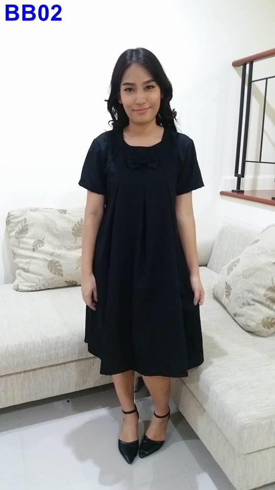 #เดรสกระโปรงสีดำ แขนสั้น ผ้าซีฟอง พร้อมเชือกผูกด้านหลัง สีสุภาพ เรียบร้อย เหมาะกับงานปัจจุบันค่ะ